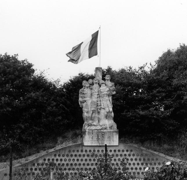 Monuments des Martyrs de Chateaubriant (Loire Atlantique). Le 22 octobre 1941, vingt-sept français furent fusillés par les allemands en représailles du meurtre du commandant de la ville de Nantes. © Photo 12.com – Hachedé