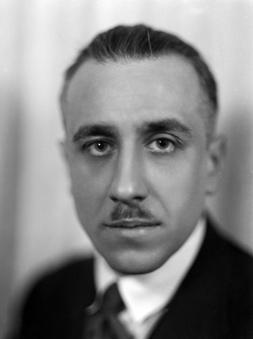 Gabriel Péri. Homme politique français ; Vers 1935.  © Henri Martinie / Roger – Viollet