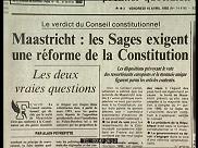La Constitution française est adaptée en 1992 pour répondre au traité de Maastricht